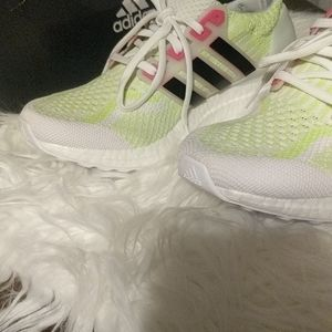 Adidas ultra boost 5.0 DNA running shoes size 7